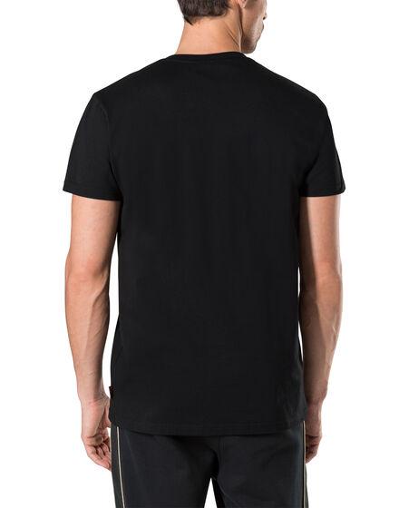"""T-shirt V-Neck SS """"Last"""""""