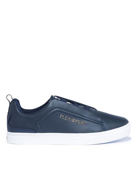 Lo-Top Sneakers season